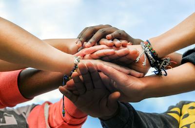 Alat intermediasi sebagai modal kepercayaan