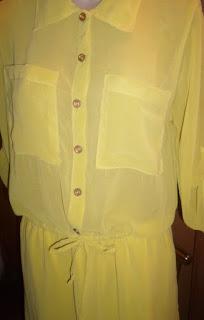 vestido  carissa verde limão  em poliéster com cintura regulável em fita manga suspensa com bolsos.