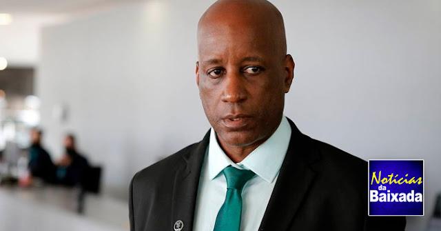 Sérgio Camargo, da Fundação Palmares, é notificado pelo Ministério Público