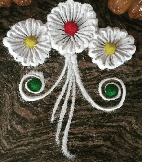 White_flowers_rangoli_design