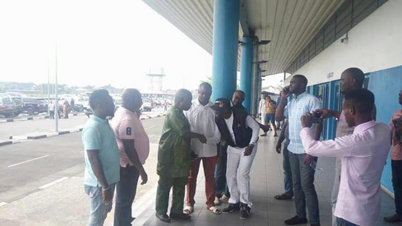 People storm airport to welcome former Delta State governor James Ibori