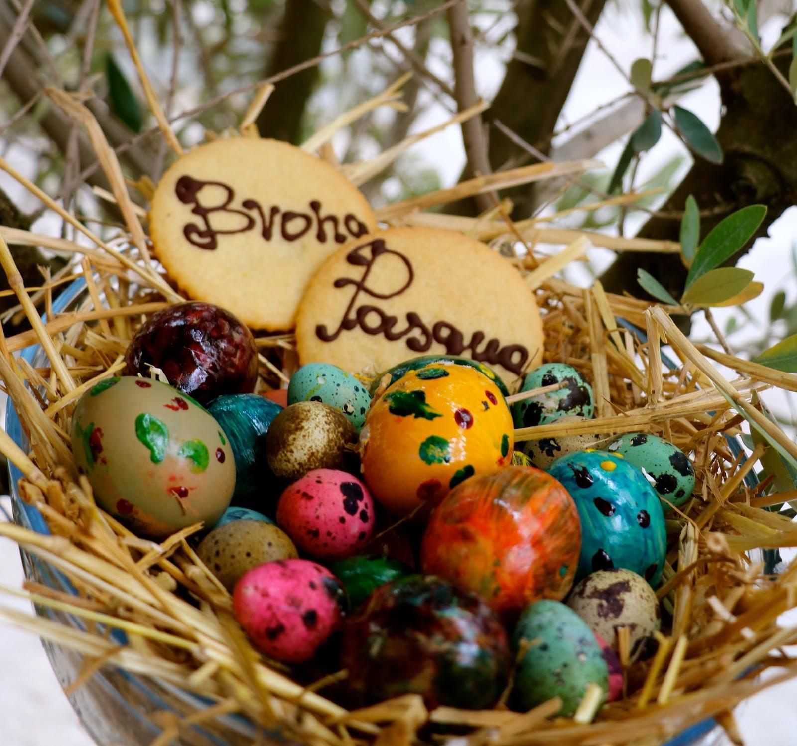 Buona Pasqua dal Castello dei Solaro