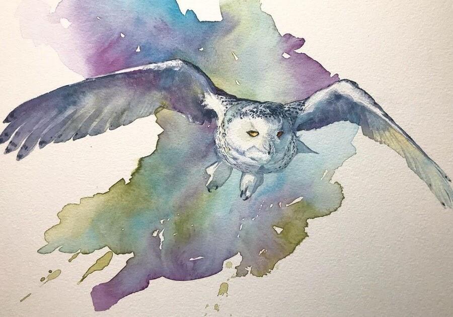 01-Owl-in-flight-Valerie-de-Rozarieux-www-designstack-co