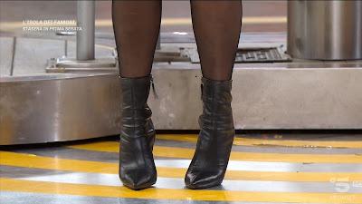 scarpe stiletto basso concorrente Avanti un altro 3 maggio Noemi Basili