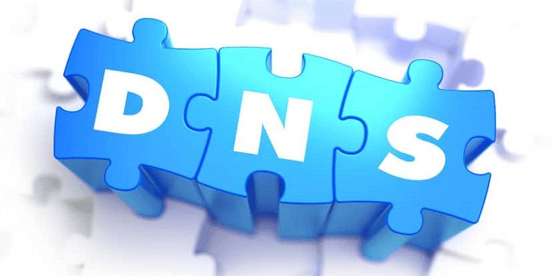 DNS adalah Domain Name System yang fungsinya untuk menerjemahkan alamat IP