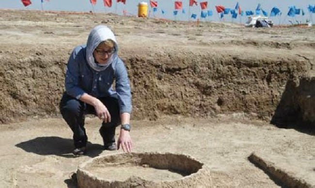 Archaeologists defy ISIS militants in Iraq