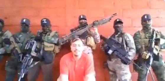 """Video: El CJNG levanta e interroga a """"El Cholo"""" fundador y líder del Cártel Nueva Plaza, """"Me apoya Omar García Harfuch, soy el que ha hecho las masacres"""""""