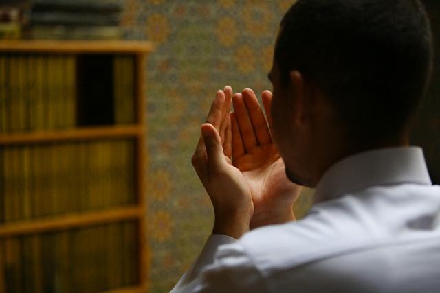 Doa Untuk Kedua Orang Tua, Arab Beserta Artinya