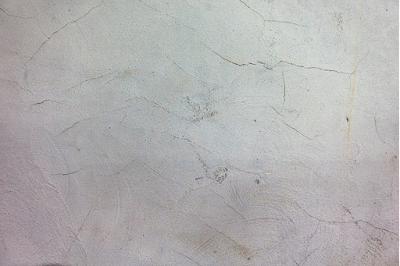 Sử dụng sơn chống thấm vá những vết nứt
