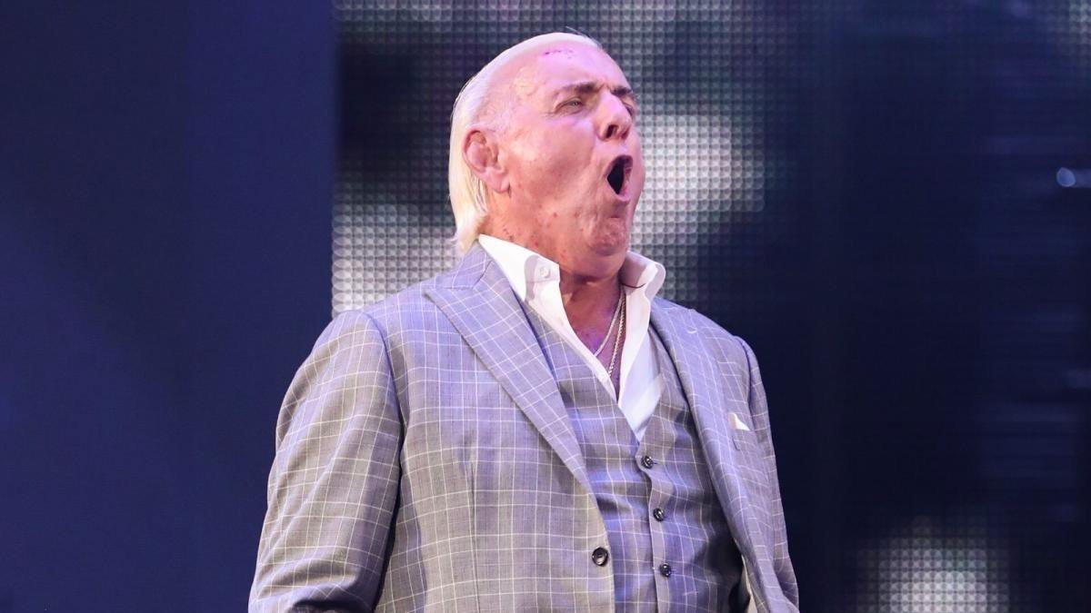 Ric Flair não está sob cláusula de não competição com a WWE