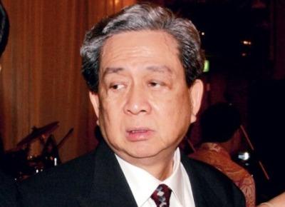 Robert Budi Hartono ~ Orang Terkaya Nomor 1 Di Indonesia