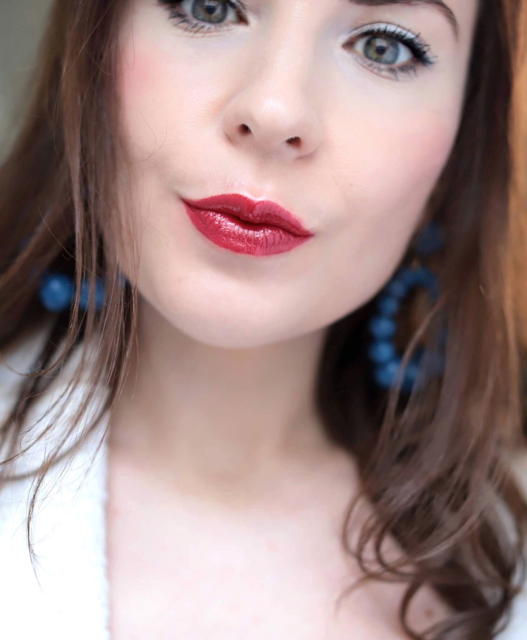 Chanel Rouge Coco Bloom 140 Alive