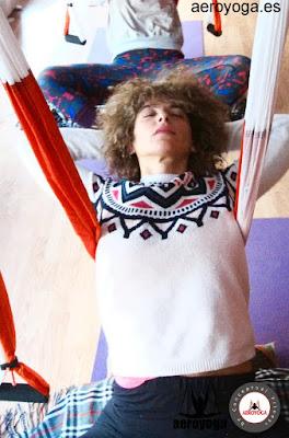 aeroyoga, yoga, dolor de espalda, air yoga, yoga aereo, yoga aerea, fly, flying, columpio, hamaca, trapeze, yoga swing, body, formacion, certificacion