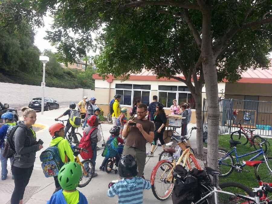 San Diego County Bicycle Coalition: Bike to School Day 2015