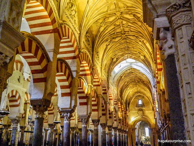 Interior da Mesquita de Córdoba