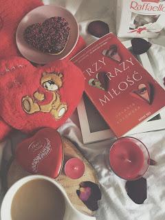 """Walentynkowa propozycja, czyli """"Trzy razy miłość"""""""