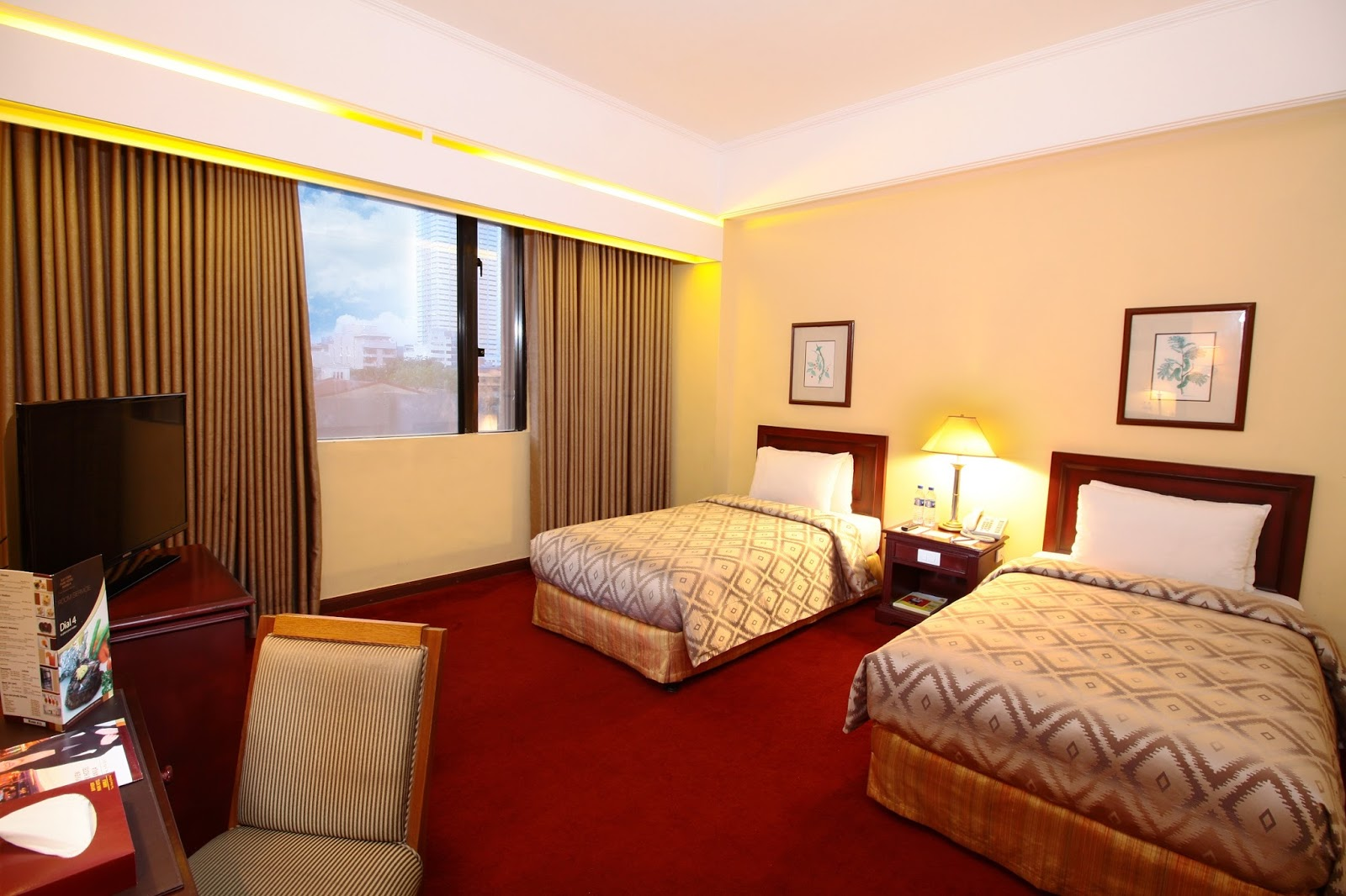 HAVE A HAPPY HOLIDAYS AT BAYVIEW PARK HOTEL MANILA - Ning4u: Anything And Everything's Free