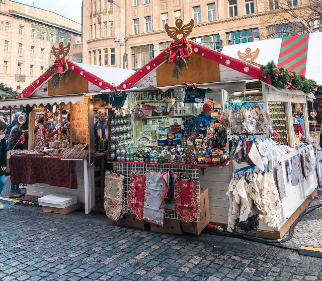 3 days in Prague at Christmas: wenceslas square