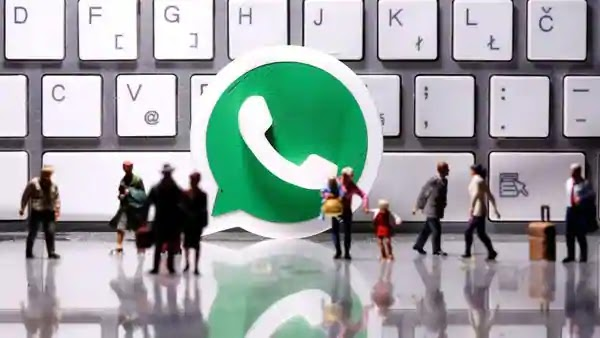 WhatsApp's new Messenger Room feature spotted on desktop version 1 min read . 09 May 2020 Danny Cyril D Cruze The Messenger Rooms h
