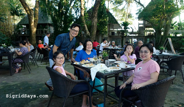 Punong Gary's Place - Silay City restaurants - Bacolod blogger - Silay restaurants - Negros Occidental - Punong Gary's Place menu - Punong Gary's Place location - destination restaurant - destination dining - Silay airbnb - family picture with Joey Benin
