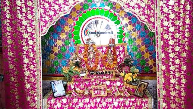 श्रीमाधोपुर में स्थित है रघुनाथ जी का भव्य मंदिर