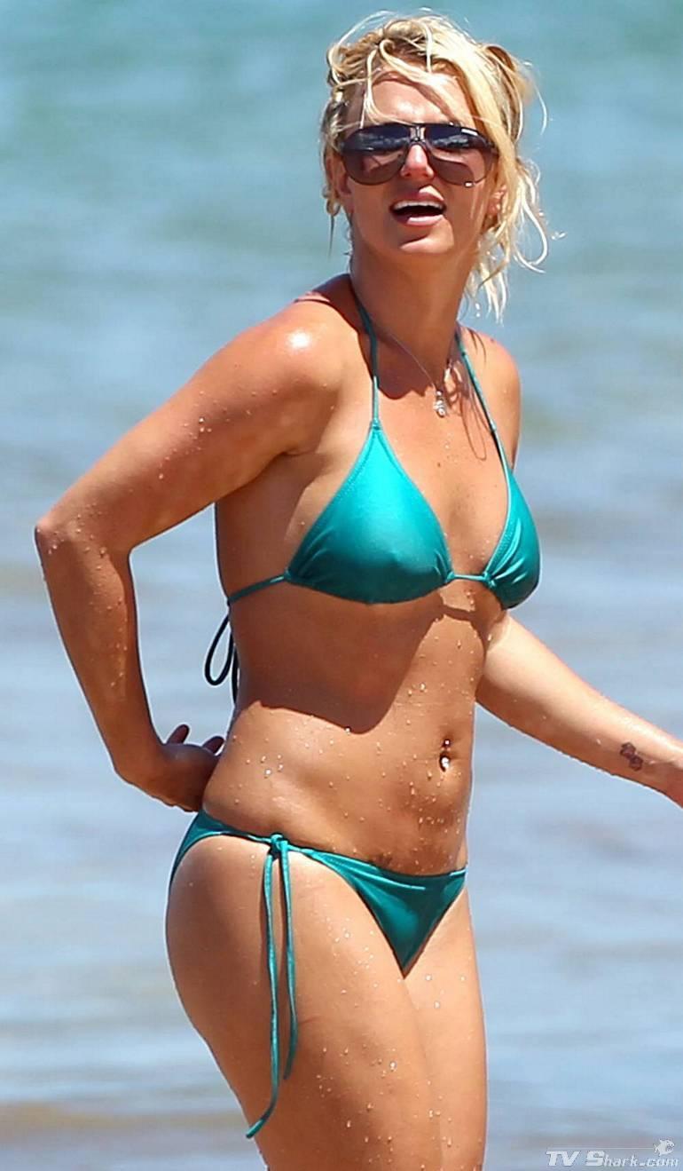 Britney Spears Britney Spears Bikini Pics-6634