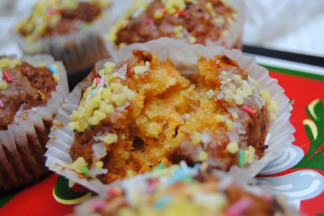 przepis na pyszne Muffinki jabłkowo- marchewkowe
