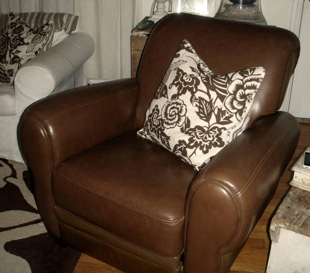 Manhattan Nyc Craigslist: From My Home To Yours: The Great Recliner Hunt