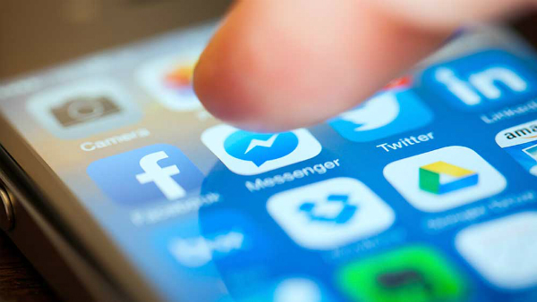 فيسبوك تختبر ميزة جديدة على مسنجر تثير انزعاج المستخدمين