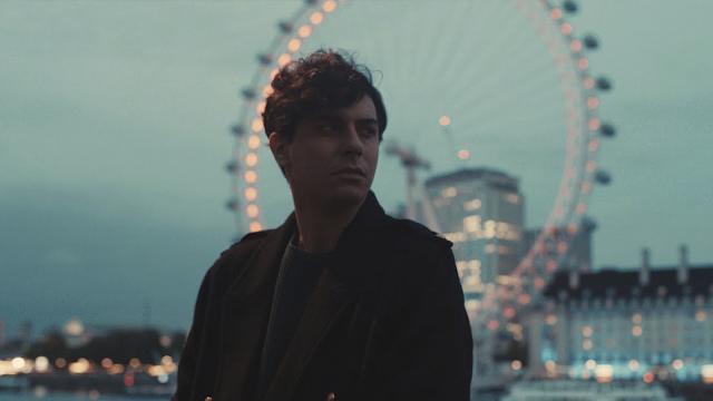 """Alfred García estrena """"Londres"""", tercer single de su álbum """"1016"""""""