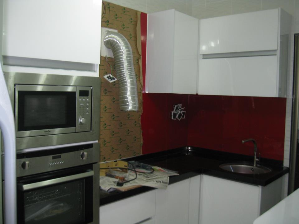 Contoh Kabinet Khas Untuk Built In Oven And Microwave
