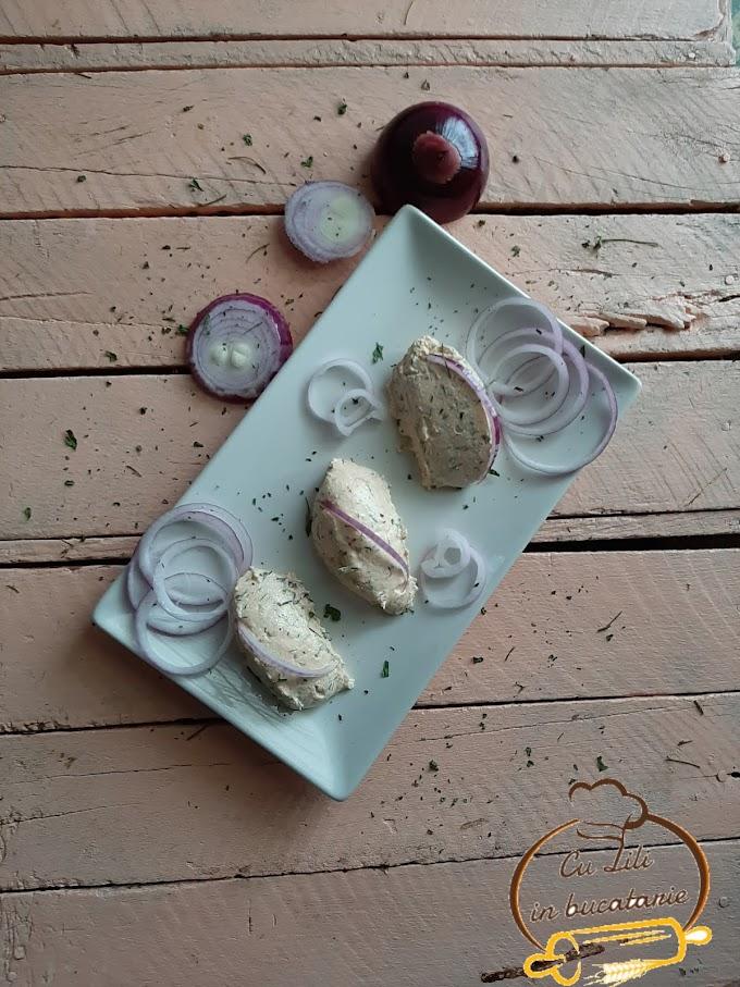 Pasta de branza cu marar si ceapa rosie - Branza Almette