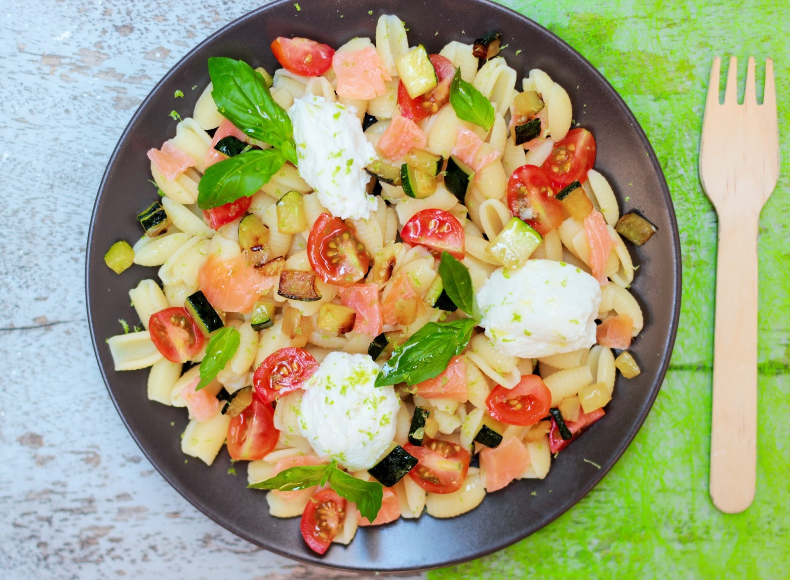 salade de p 226 tes 224 la ricotta saumon fum 233 petits l 233 gumes et citron vert camelie