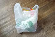Larangan Kantong Plastik Bisa Picu PHK?