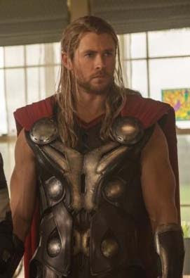 Biografi singkat aktor Chris Hemsworth