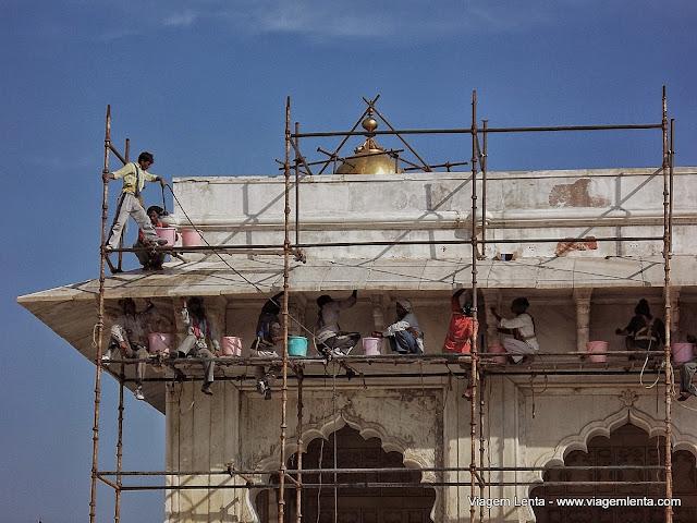 Recuperação de um dos blocos do Agra Fort