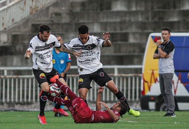 Botafogo-PB derrota Altos-PI e assume liderança do Grupo A