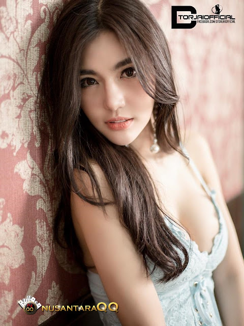 17 Foto Model Hot Sexy Cute Alisa Rattanachawangkul
