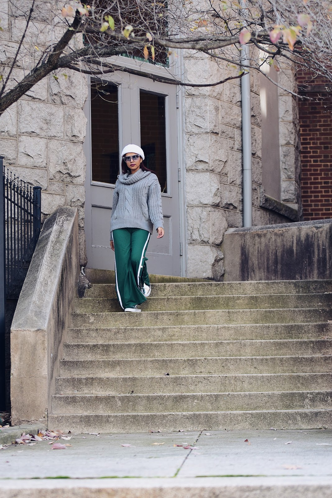 Sporty Chic For Thanksgiving -los chuchis-mariestilotravels-sporty pants-hoodie bi color-moda el salvador-dcblogger-fashionblogger-streetstyle-acción de gracias-visit richmond-virginia is for lovers-visit virginia-los chuchis-cable sweater