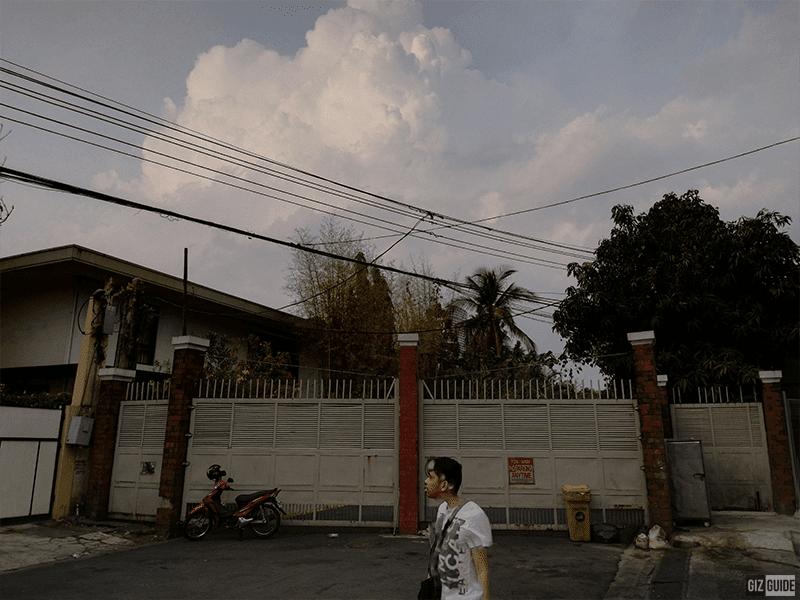 Y-Max rear daylight
