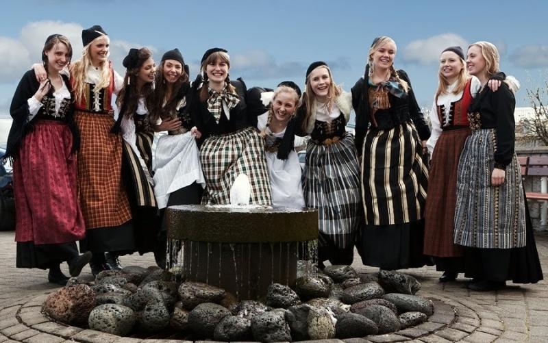 исландия деньги за жену