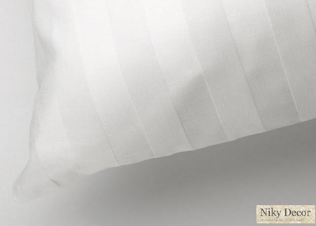 Lenjerii de pat bumbac alb-Lenjerii de pat damasc satinat in dungi - preturi