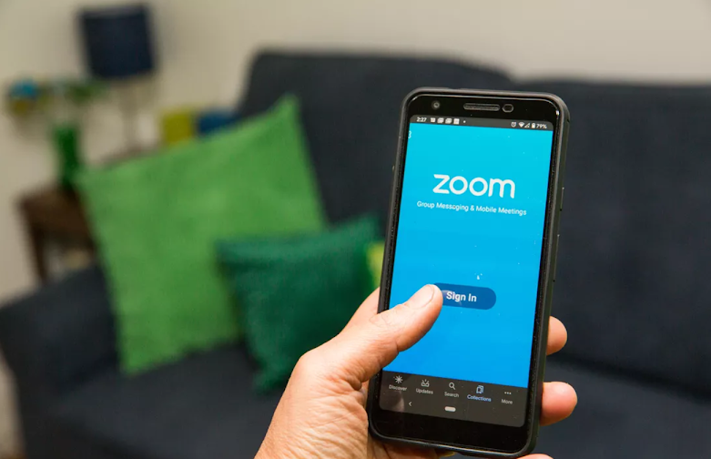 How to zoom any portion of your phone