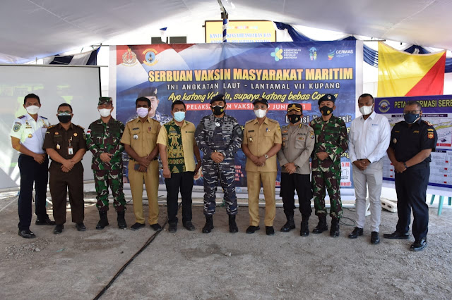 Jefisrtson Riwu Kore Apresiasi Program Serbuan Vaksinasi TNI AL di Kota Kupang.lelemuku.com.jpg