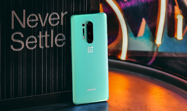 How to Download & Install Android 11 Developer Preview 2 on OnePlus 8 series