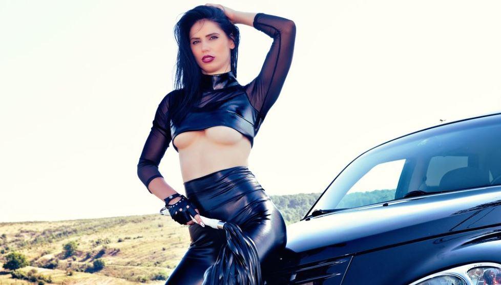 GlamyAnya Model GlamourCams