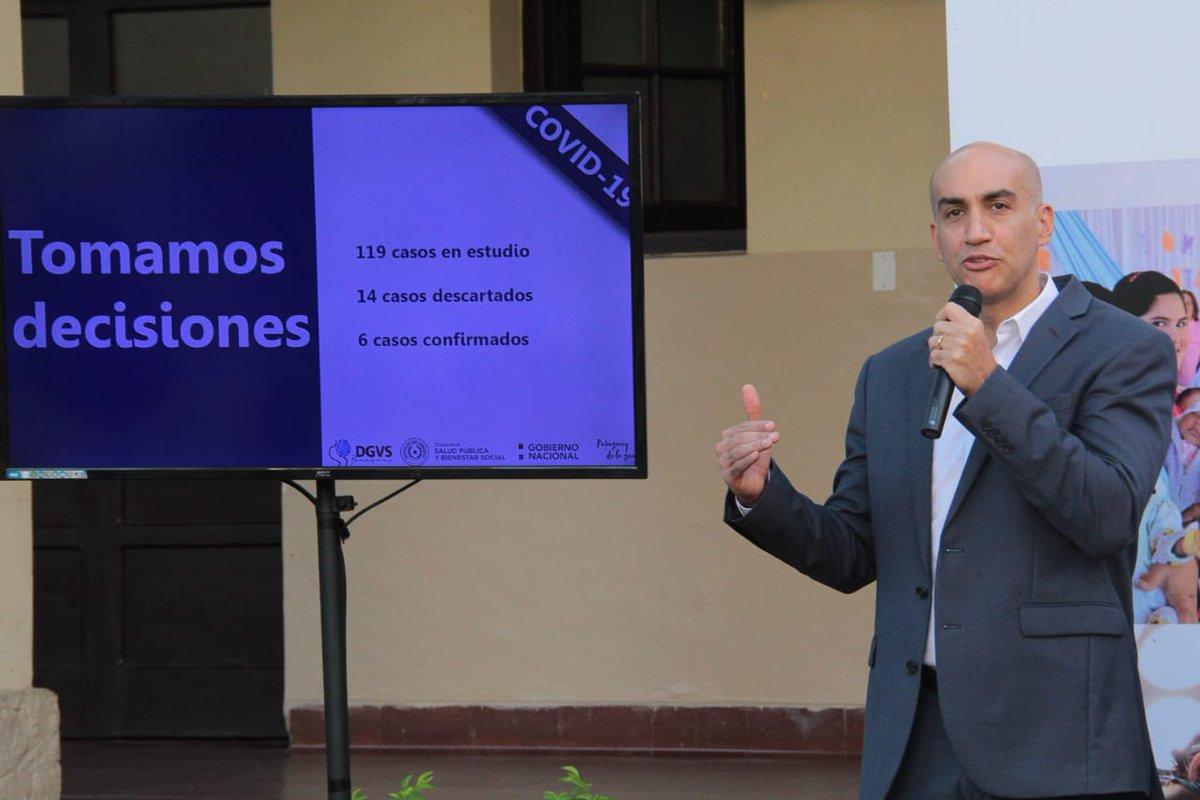 Julio Mazzoleni presenta su renuncia como ministro de salud en Paraguay