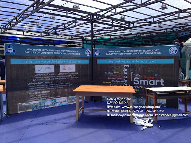 Thi công khung backdrop hiflex 2 mặt cho Đại Học Bách Khoa