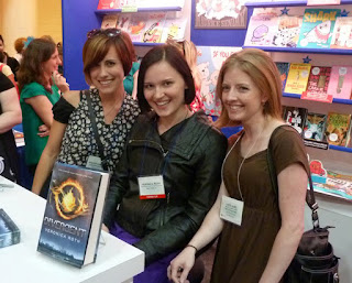 kirsten hubbard, veronica roth, and kate hart at ALA 2011