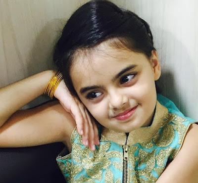 Biodata Ruhanika Dhawan Pemeran Ruhi Serial India Mohabbatein ( Yeh Hai Mohabbatein ) ANTV
